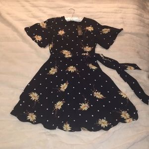 Banana Republic NWT size 6 dress
